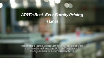 AT&T Best-Ever Family Pricing TV Spot, 'Food Court' - Thumbnail 9