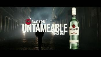 Bacardi TV Spot, 'Untameable Since 1862' [Spanish] - Thumbnail 10