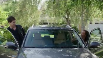 Pantene TV Spot, 'Not Sorry' - Thumbnail 5