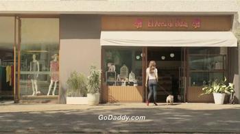 Go Daddy TV Spot, 'Pet Shop' [Spanish] - Thumbnail 2