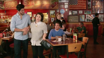 Red Robin Gourmet Burgers TV Spot, 'Two Dates' - Thumbnail 4