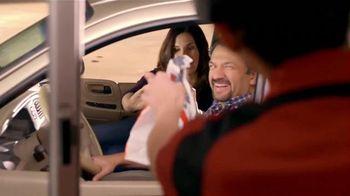 McDonald's TV Spot, 'Los Primeros Clientes' [Spanish] - Thumbnail 9