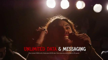 Virgin Mobile Galaxy S5 TV Spot, 'Metal Band' - Thumbnail 6