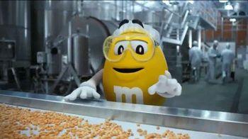 Peanut M&M's TV Spot, 'Conveyor' - Thumbnail 3