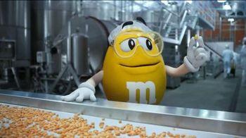 Peanut M&M's TV Spot, 'Conveyor' - Thumbnail 4