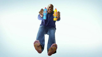 Gold Bond Powder Spray TV Spot, 'Nine Cool Feet' Feat. Shaquille O'Neal - Thumbnail 3