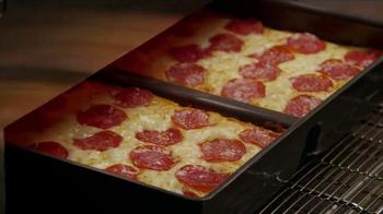 Little Caesars Hot-N-Ready Pizza TV Spot, 'Wag' - Thumbnail 6