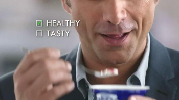 Oikos TV Spot, 'Perfect Snack' Featuring John Stamos  - Thumbnail 8