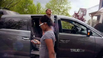 TrueCar TV Spot, 'The Picketts: Vancation' - Thumbnail 4