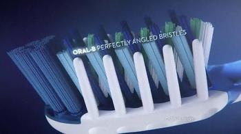 Oral-B Toothbrush TV Spot - Thumbnail 6