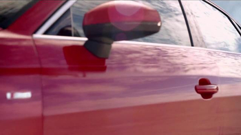 2015 Audi A3 TV Spot, 'Hugs Corners. Cuts None' - Thumbnail 5