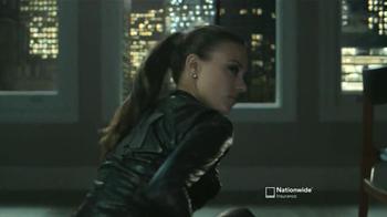 Nationwide Insurance TV Spot, 'Pertenencias'Letra por Gin Wigmore [Spanish] - Thumbnail 3