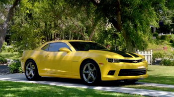 2014 Chevrolet Camaro TV Spot, 'Transforming Your Everyday' - Thumbnail 8
