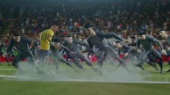 Nike TV Spot, 'El Juego Final' [Spanish] - Thumbnail 6