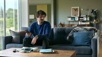 Xfinity My Account App TV Spot, 'Doorbell' Featuring Matt Jones - Thumbnail 4