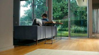 Xfinity My Account App TV Spot, 'Doorbell' Featuring Matt Jones - Thumbnail 6