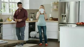 LG Appliances TV Spot, 'Mom Confessions: So Clean' - Thumbnail 7