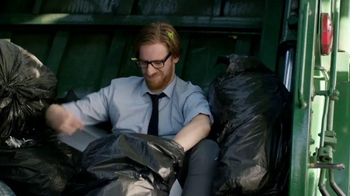 KeyBank Hassle-Free Account TV Spot, 'Garbage Truck' - Thumbnail 6