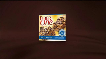 Fiber One Oats & Chocolate TV Spot, 'Bowling Alley' - Thumbnail 8