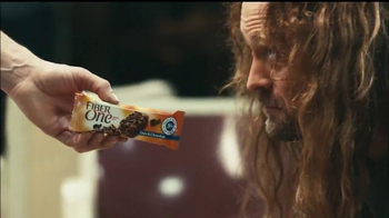 Fiber One Oats & Chocolate TV Spot, 'Bowling Alley' - Thumbnail 6