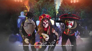 Party City TV Spot, 'Make Halloween Hotter in Mix and Match Costumes!' - Thumbnail 6