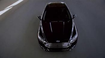 2015 Ford Fusion TV Spot, 'Good Looks' - Thumbnail 7
