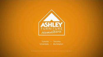 Ashley Furniture Homestore TV Spot, 'Columbus Day Sale' - Thumbnail 10