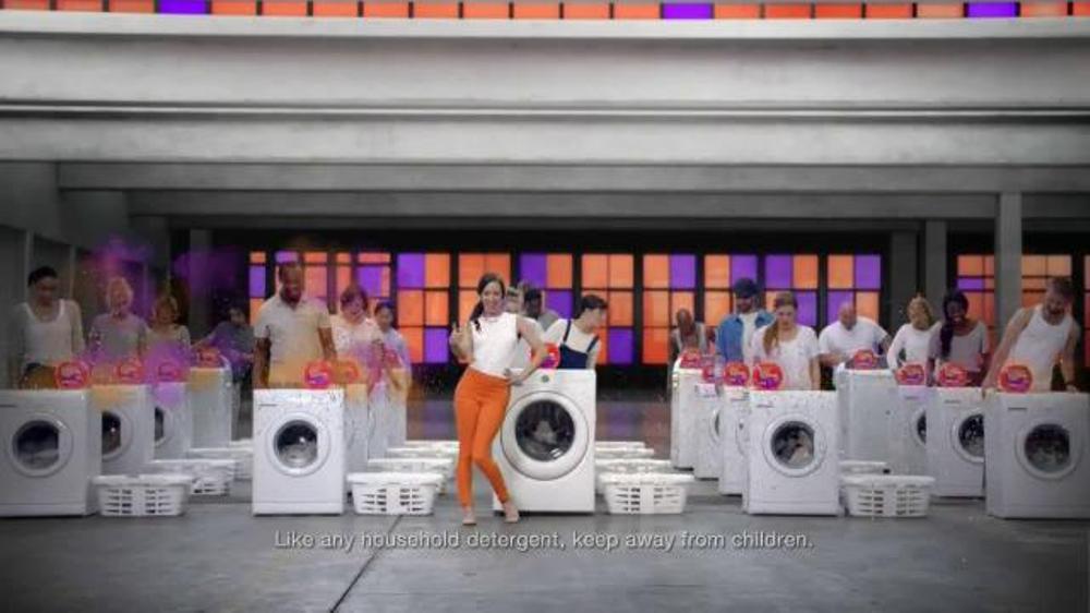 Tide PODS TV Commercial, 'Do the Pop'