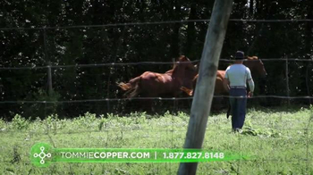 Tommie Copper Compression TV Spot, 'Rodeo & Ranch' - Thumbnail 3