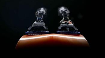 Gillette Fusion ProGlide FlexBall TV Spot, 'Tenrse por Piedad' [Spanish] - Thumbnail 2