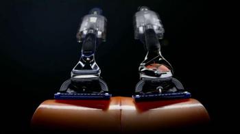 Gillette Fusion ProGlide FlexBall TV Spot, 'Tenrse por Piedad' [Spanish] - Thumbnail 4