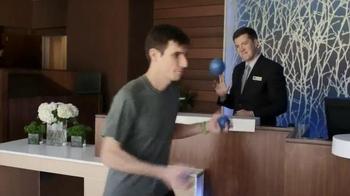 Fairfield Inn & Suites Hotels TV Spot, 'Joggler' Featuring Michal Kapral - Thumbnail 6