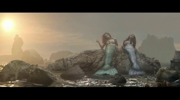 Herbal Essences Naked TV Spot, 'Mermaids' - Thumbnail 1
