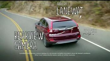 2015 Honda CR-V TV Spot, 'Motor Trend SUV of the Year' - Thumbnail 8