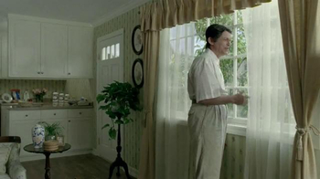 DIRECTV TV Spot, 'Painfully Awkward Rob Lowe' - Thumbnail 5