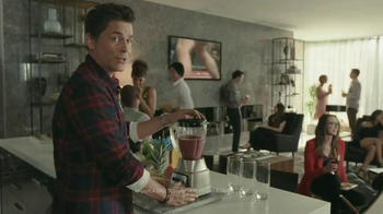 DIRECTV TV Spot, 'Painfully Awkward Rob Lowe' - Thumbnail 8