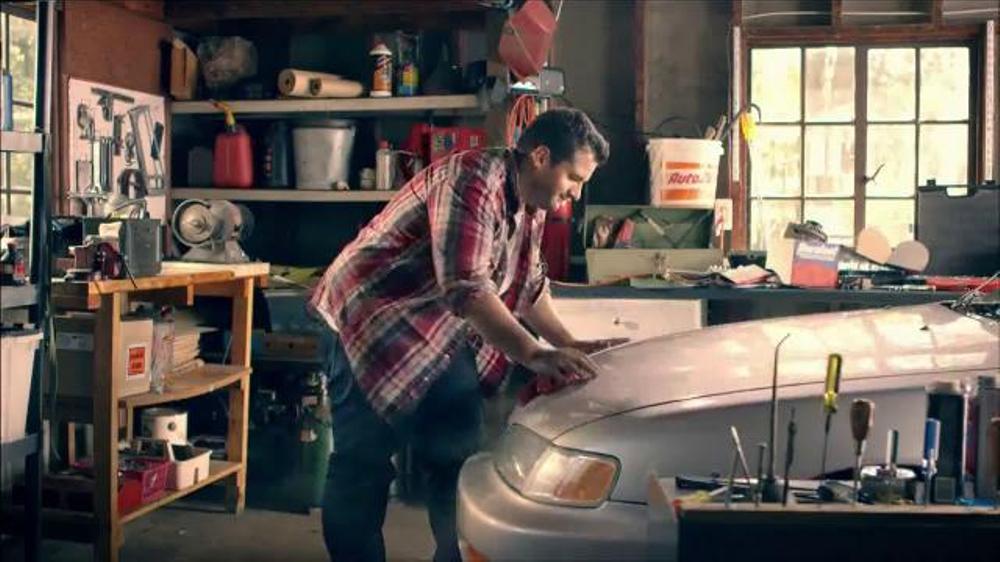 AutoZone TV Commercial, 'Gana $20 de Cr??dito'