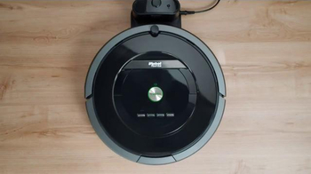 iRobot Roomba Vacuum Cleaning Robot TV Spot, 'Free Yourself From Cleaning' - Thumbnail 10