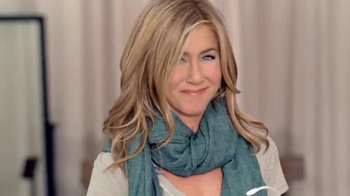 Aveeno Daily Moisturizing Lotion TV Spot Con Jennifer Aniston - Thumbnail 4