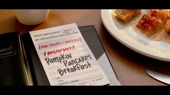 Denny's Pumpkin Pancakes Breakfast TV Spot [Spanish] - Thumbnail 10