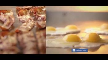 Denny's Pumpkin Pancakes Breakfast TV Spot [Spanish] - Thumbnail 5