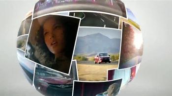 2015 Toyota Camry TV Spot, 'Parque' [Spanish] - Thumbnail 9