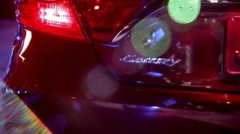 2015 Toyota Camry TV Spot, 'Parque' [Spanish] - Thumbnail 8
