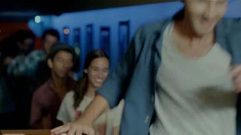 Bud Light TV Spot, 'Conga' [Spanish] - Thumbnail 3