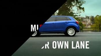2015 Mitsubishi Mirage TV Spot, 'Find Your Own Lane' [Spanish] - Thumbnail 7