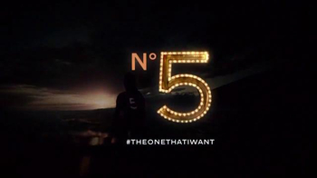 Chanel No. 5 TV Spot, 'The One That I Want' Featuring Gisele Bundchen - Thumbnail 8