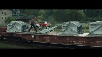 General Electric TV Spot, 'Thrillingly Predictable: The Chase Part Two' - Thumbnail 1