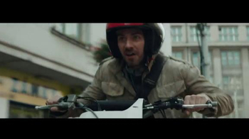 General Electric TV Spot, 'Thrillingly Predictable: The Chase Part Two' - Thumbnail 3