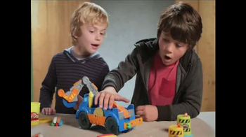 Play-Doh BuzzSaw TV Spot, 'Construct Your Own Fun' - Thumbnail 4