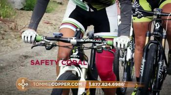 Tommie Copper TV Spot, 'Colors' - Thumbnail 8